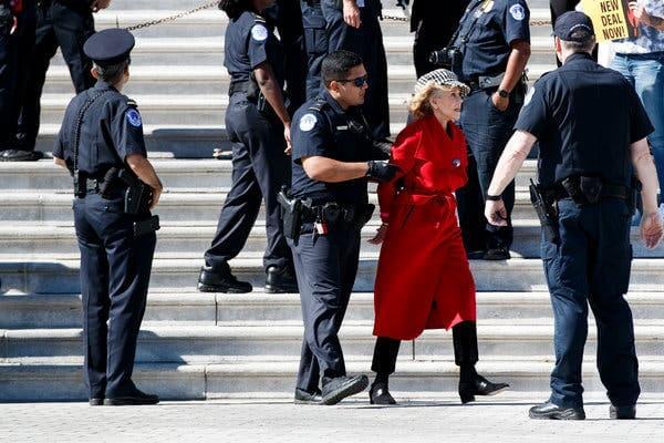 Jane Fonda presa